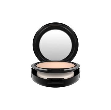 MAC Studio Fix Powder Plus Foundation 15gr NC15